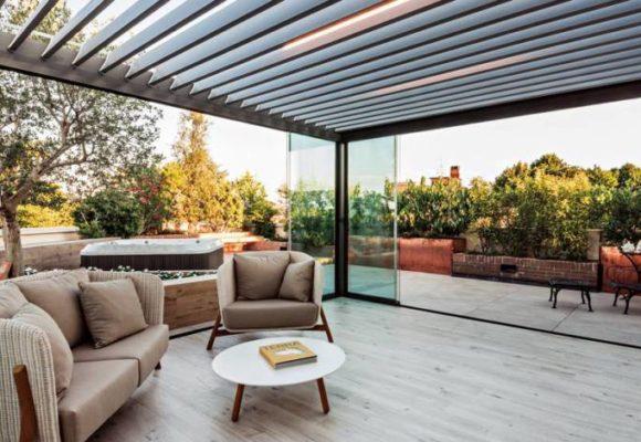 Trasformare il balcone in veranda: è edilizia libera?