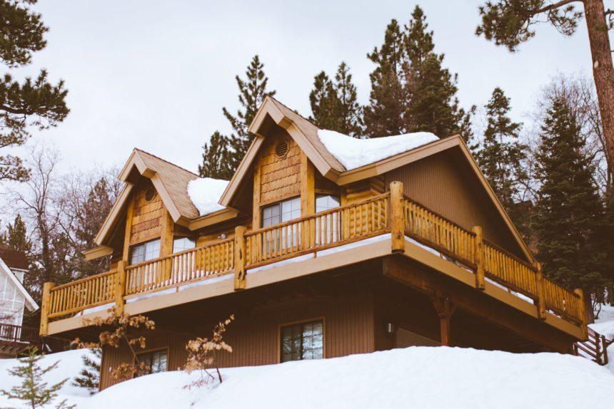 Materiali e colori casa in montagna: quali scegliere?